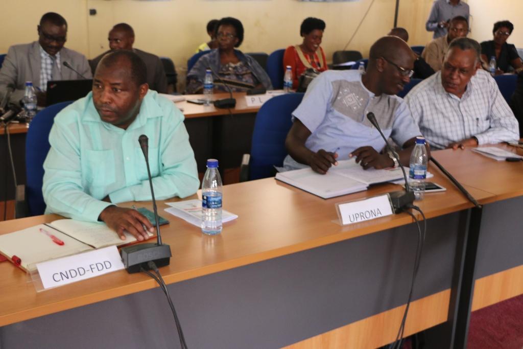 Le Forum Permanent de Dialogue des Partis Politique agréés au Burundi organise un atelier d'explication des dispositions constitutionnelles amendées.