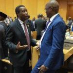 A Addis-Abeba, Son Excellence  Sindimwo Gaston, vice président du Burundi s'est salué avec l'ancien Dictateur Pierre Buyoya, soupçonné d'être impliqué dans le Coup d'Etat raté du 13/05/2015.