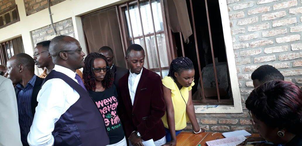 Le Vice Président vient de s'enregistrer à la liste des électeurs au référendum constitutionnel de mai 2018 et aux élections générales de 2020