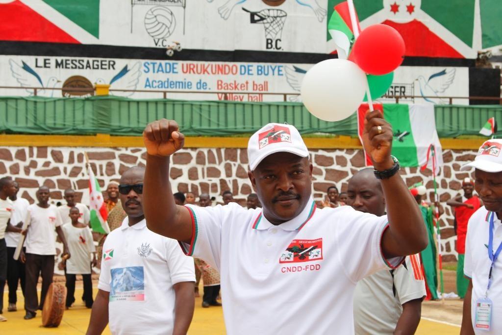Festival du CNDD-FDD à Ngozi avec pour thème : revalorisons les clans du Burundi, consolidons le parti CNDD-FDD ( Photo : Espérance NDAYIZEYE, RTNB ) 