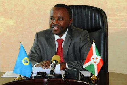 """L'ambassadeur de Chine au Burundi salue """"l'implication forte"""" du chef du Protocole d'Etat à la présidence burundaise dans la coopération avec la Chine"""