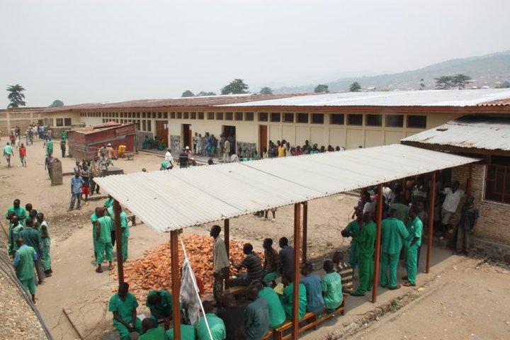 Libération de plus de 700 détenus de la prison centrale de Mpimba suite à une grâce présidentielle