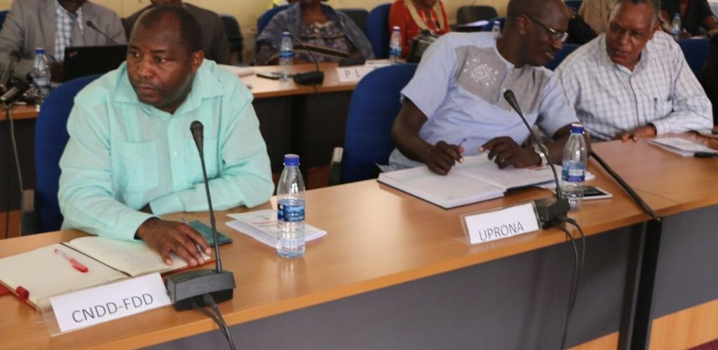 Burundi : Décret n°100/039 du 23 avril 2018 portant ouverture de la Campagne électorale pour le référendum du 17 mai 2018
