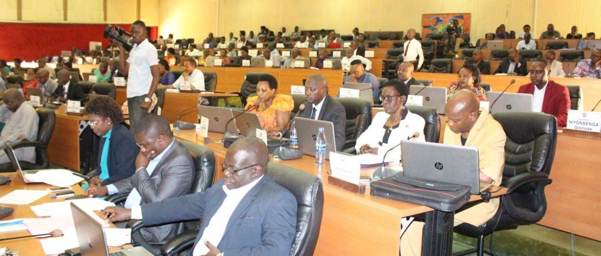 Analyse du Projet de financement par la BIRD / Banque Mondiale  de 33.128 582,85 USD pour les barrages hydroélectrique Jiji et Murembwe