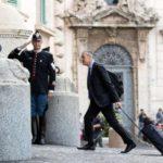 L'Italie membre de l'UE est en crise politique grave. Serait-ce un manque de dialogue inclusif? L'UE doit la sanctionner?