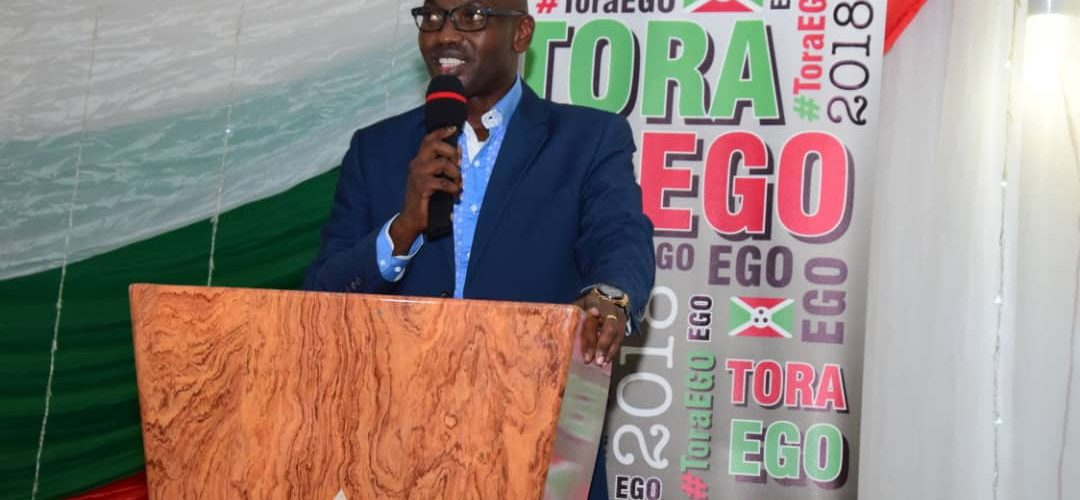Burundi / REFERENDUM 2018 : L'Amb. Willy Nyamitwe dit MERCI aux BAGUMYABANGA de Bujumbura Mairie pour la victoire ToraEgo