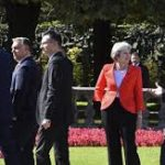 Brexit: Theresa May accuse l'UE de lui manquer de respect