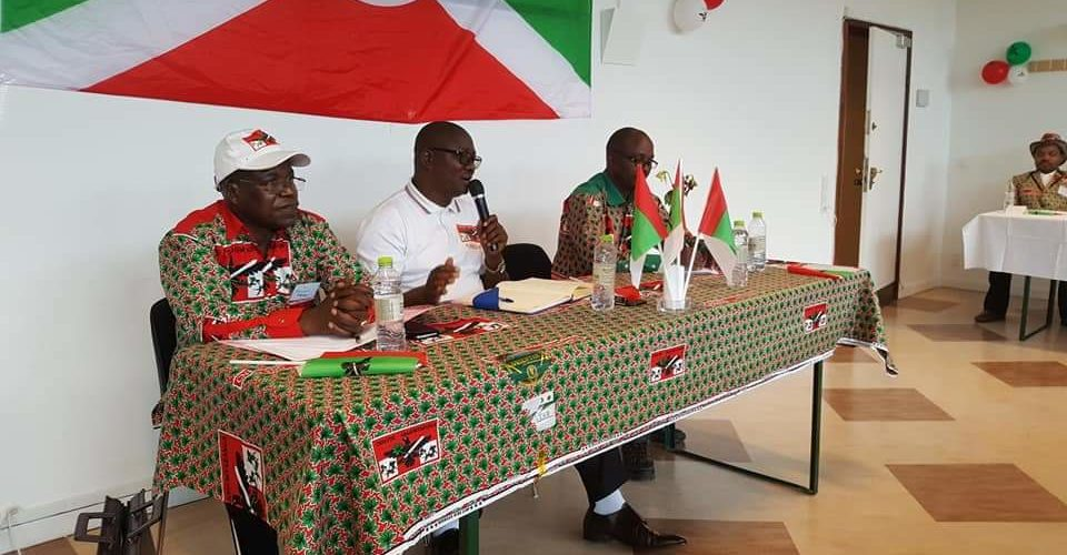 Burundi : Les représentations du CNDD-FDD de la diaspora européenne en réunion de travail à Copenhague, Danemark