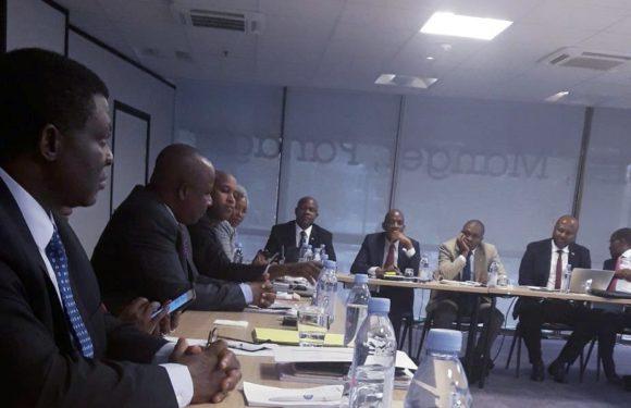 Retraite des chefs de mission du Burundi à Paris autour du Ministre NIBIGIRA