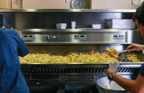 La Belgique et la Colombie s'affrontent pour des frites congelées