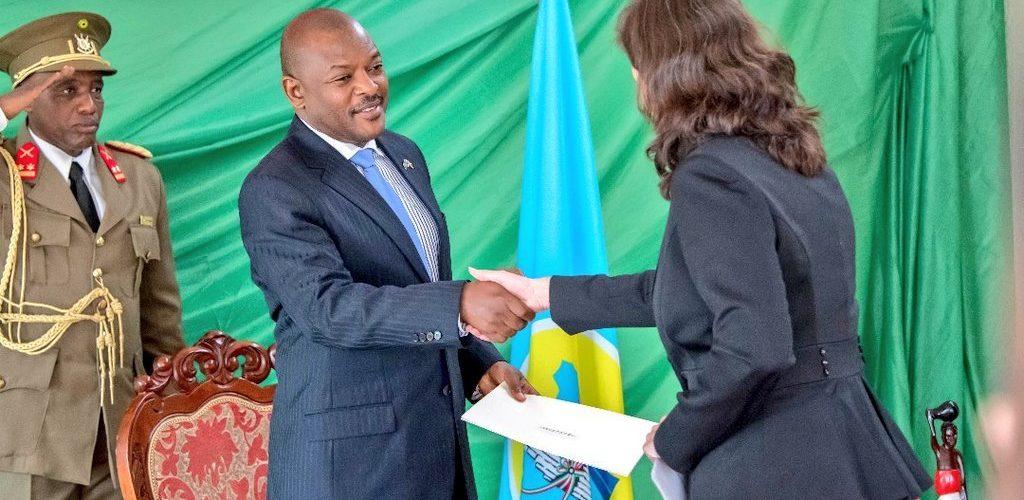 Audiences accordées à dix ambassadeurs à la Présidence de la République