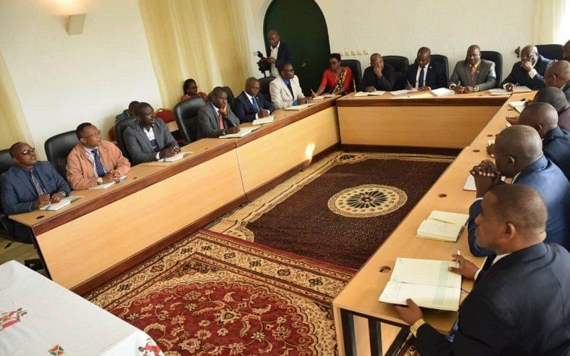 Le chef de l'Etat demande aux gouverneurs de provinces de renforcer la sécurité