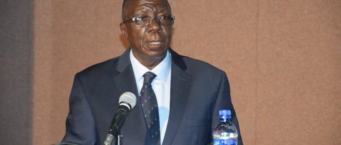 """Sylvestre Ntibantunganya présente son livre intitulé: """"Burundi, une Démocratie piégée"""""""