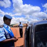 L'inspecteur général de la PNB et son adjoint ont effectué des tournées dans les régions de police