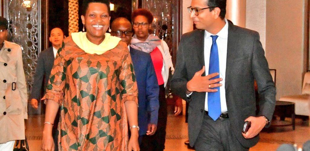 La Première Dame du Burundi à la conférence de la Fondation Merck – Merck First Ladies Initiative – à Abou Dabi