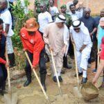 Le Chef de l'Etat se joint à la population d' Isare dans travaux communautaires