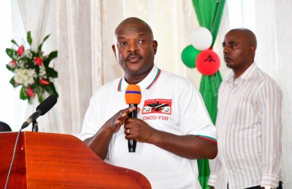 Les dates des élections de 2020 sont connues; il reste aux différends partis de sortir les programmes  pour que l'on en prenne connaissance. Cette fois-ci le Président Nkurunziza cessera d'être un prétexte des occidentaux et leurs sbires.