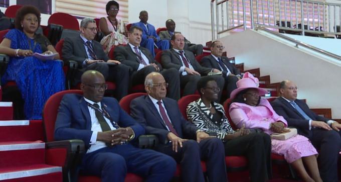Le président du sénat burundais effectue une visite à l'AN Tanzanienne