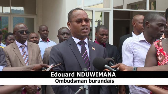 L'Ombudsman Burundais réunit le personnel du FONIC