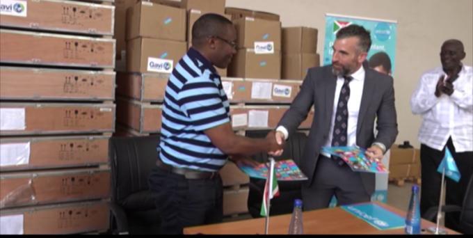Le ministère de la santé publique reçoit un don de plusieurs équipements