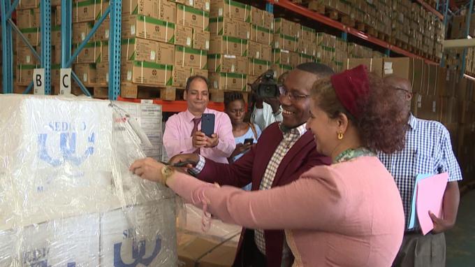 L'Ambassade d'Egypte offre un don de médicaments au ministère de la santé