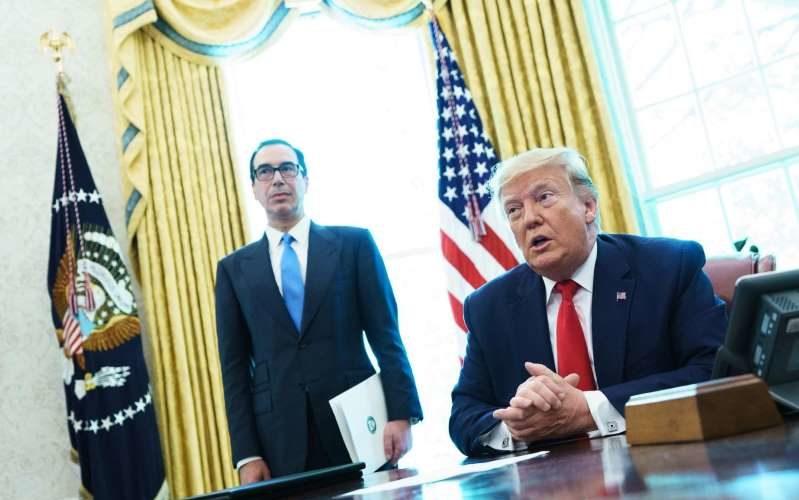 Donald Trump ajuste le tir contre l'Iran
