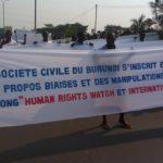 Burundi : Des centaines de milliers de Barundi manifestent contre HRW et ICG, véritables armes de la Guerre Géopolitique des Grands Lacs Africains