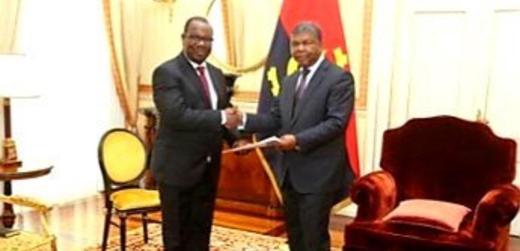 Le Président du Burundi envoie un message à son homologue Président de l'Angola