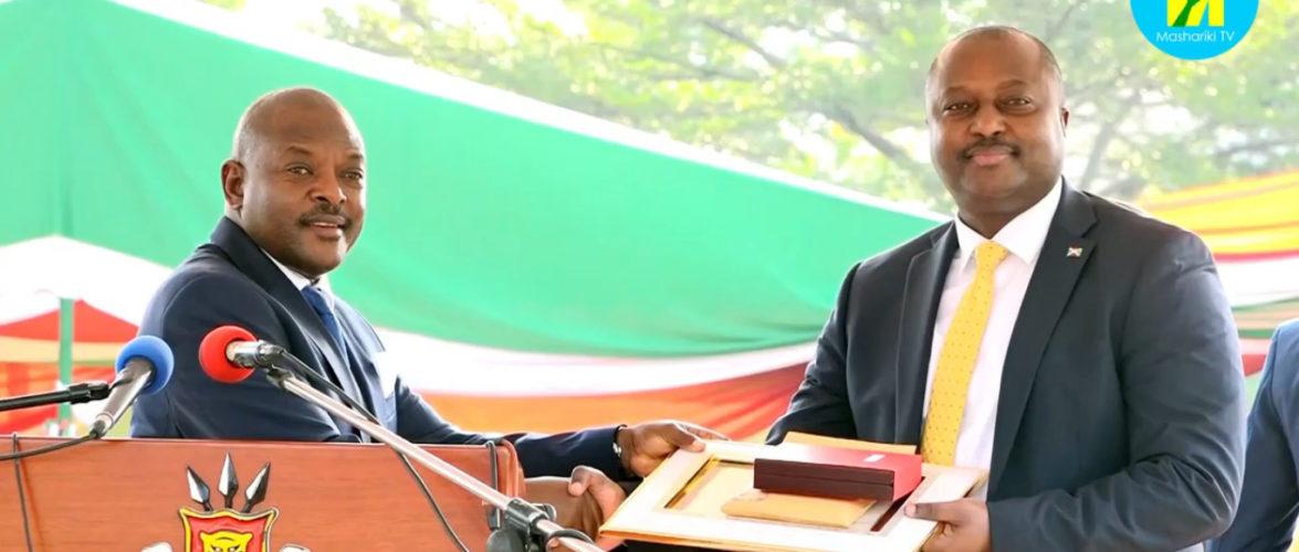 Fête de l'Indépendance 2019 : L' Ambassadeur SHINGIRO Albert primé, comme Très Grand Diplomate, et Patriote