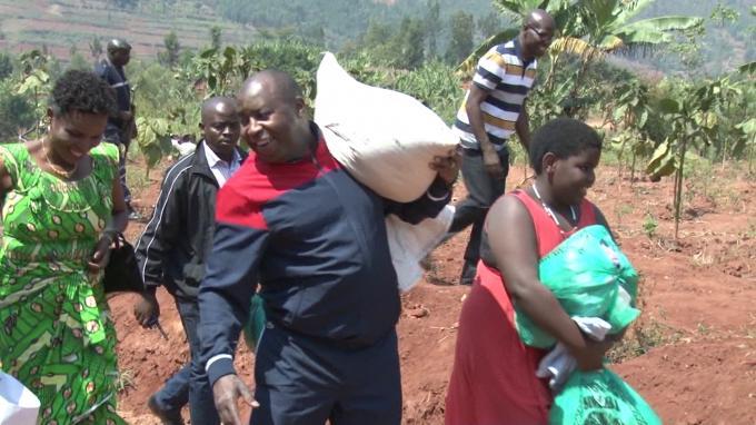 Le Burundi célèbre la journée de la solidarité locale