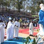 """Burundi : Près de 100.000 Barundi à Mugera, Gitega, pour l'Assomption - fête de la VIERGE MARIE """"qui serait en réalité MUKA KIRANGA / RYANGOMBE"""""""