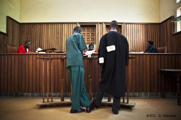 Les détracteurs burundais SINDUMUJA veulent que la justice internationale s'impose au Burundi : Le Ministère Public n'informe plus sur la justice ordinaire