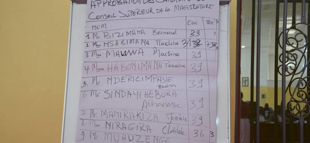 Le Sénat du Burundi vient d' approuver les noms des 10 membres du Conseil Supérieur de la Magistrature