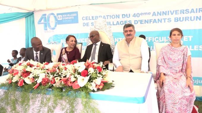 Célébration du 40ème anniversaire du village SOS d'enfants au Burundi