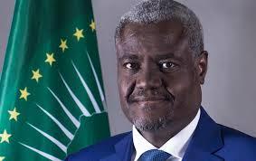 """Moussa Faki Mahamat ou """"le signe avant-coureur d'un autre complot international contre la Côte d'Ivoire?"""""""