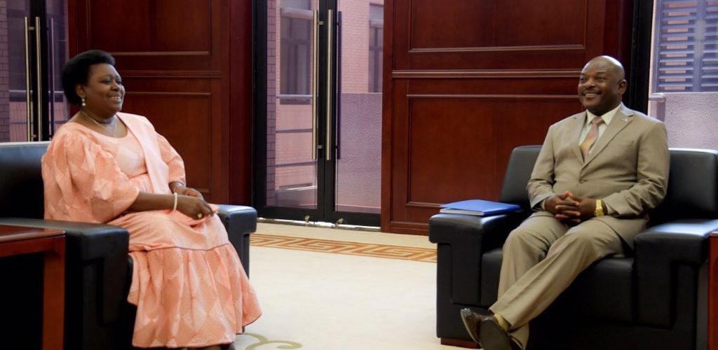 Le Président du Burundi reçoit la veuve NDADAYE à quelques jours de la commémoration du 26ème anniversaire de l'assassinat de Feu Melchior NDADAYE