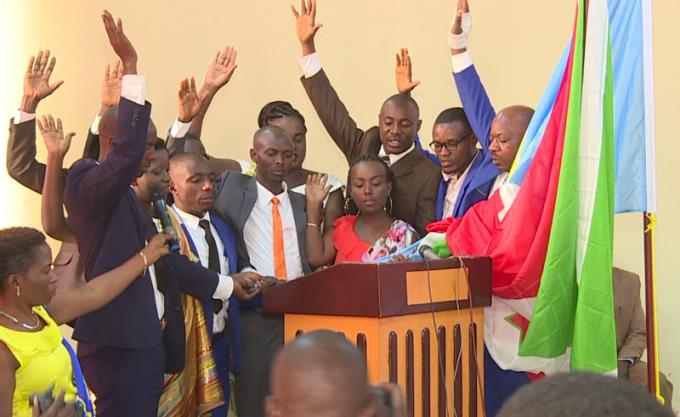 Prestation de serment des membres de la CEPI
