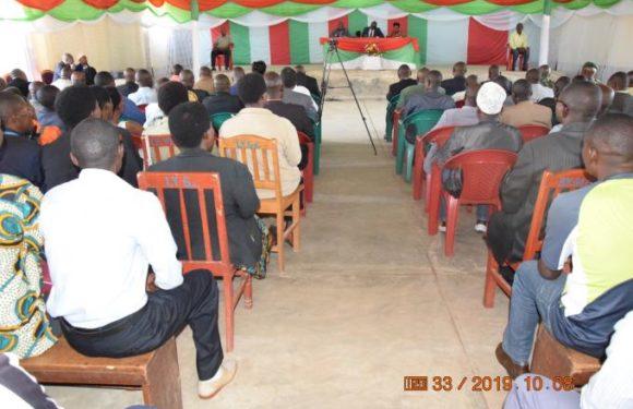 Kayanza : L'autofinancement des élections demontre la souveraineté du pays (R. Ndikuriyo)