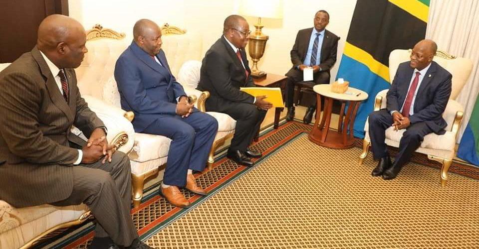 S.E. MAGUFULI, Président de la Tanzanie, reçoit un message spécial de S.E. NKURUNZIZA, Président du Burundi