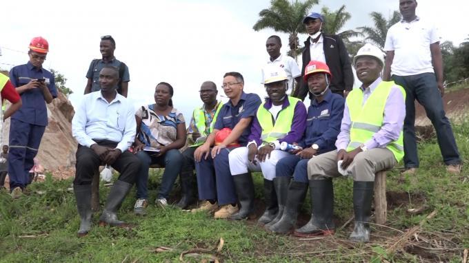 Le Ministre de l'énergie et des mines effectue une descente de travail en province Rumonge