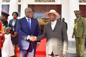 Tshisekedi et Museveni conviennent de réhabiliter dans un délai de 24 mois trois axes routiers reliant la RDC à l'Ouganda