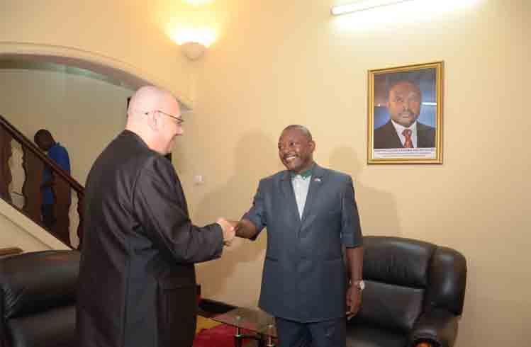Burundi : Regard de M.  Luc MICHEL, géopoliticien PANAFRICAIN sur l' Afrique du 21ème siècle