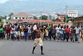 Qu'il fait rêver le temps béni des colonies ! Le Burundi devrait-il lécher les bottes des néo-colons pour avoir la paix ? Bien sûr que non.