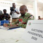Élections 2020 : G.M. NDAYISHIMIYE Evariste, CNDD-FDD, a déposé son dossier de candidature aux Présidentielles à la CENI / Burundi