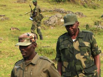 Le colonel Makenga et ses hommes du M23, le 8 juillet 2012. REUTERS/James Akena