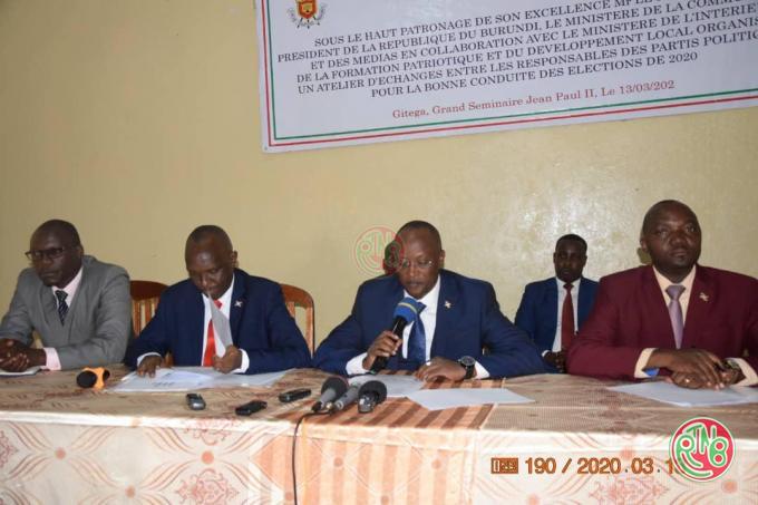 Gitega: rencontre des leaders politiques et des médias pour la bonne préparation des élections