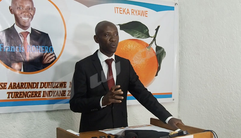 Elections 2020 : le candidat indépendant Francis Rohero plaide pour la transparence sur le Covid-19