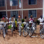 Le CNDD-FDD BUBANZA offre 95 vélos aux Femmes militantes BAKENYERARUGAMBA / Burundi