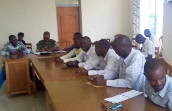 Réunion avec les acteurs politiques de BUBANZA / Burundi