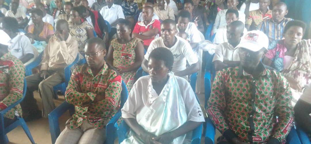 Le CNDD-FDD GIHARO en réunion à RUTANA / Burundi